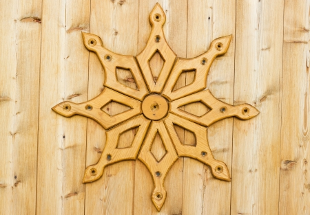 wood carving door: Traditional art of wood carving in russian village