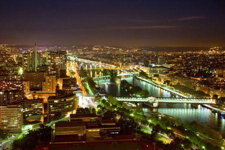 bir: Paris at night - view at the Bir Hakeim bridge on Sieine River