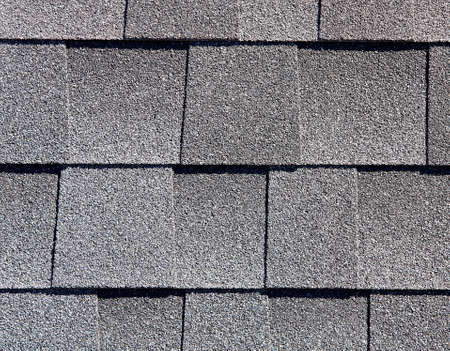 tejas: Roofing Shingles basic white tab style pattern sample for building industry Foto de archivo