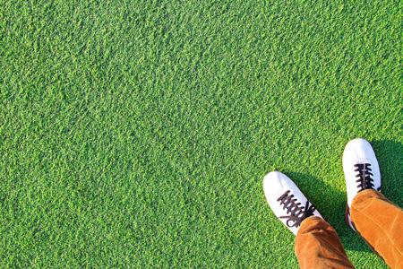 人工芝と脚