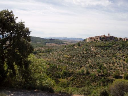 Tuscan village on a hill in the distance Banco de Imagens - 4801042