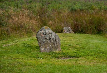 Grave marker on the Culloden battlefield Standard-Bild