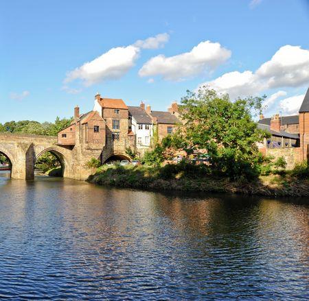 River Wear and bridge in Durham England Standard-Bild
