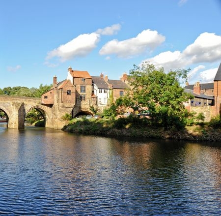 River Wear and bridge in Durham England Imagens