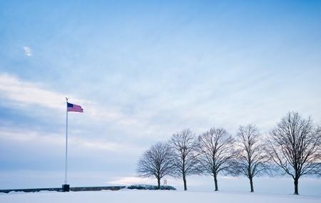 memorial cross: Invierno al aire libre