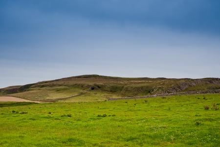 スコットランド、アイラ島の島にフィールド 写真素材