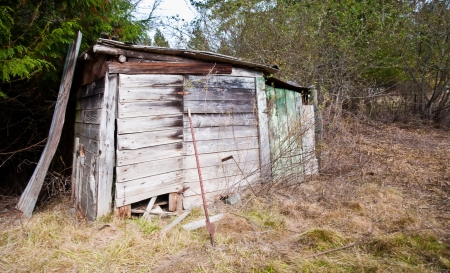 Farm shack in a field Stock Photo - 17861323