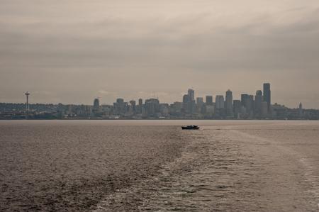 Downtown Seattle skyline seen from ferry Standard-Bild