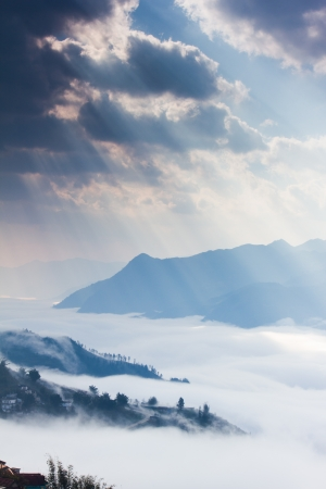 ray of light , cloud and mountain photo