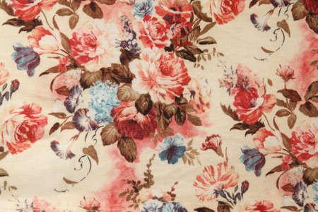 Vintage Red Floral Stoff Standard-Bild - 12202483