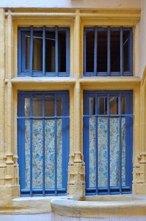 passageways: Interior courtyard : an old window and a well in Old Lyon Town (France)