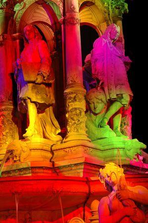 engraver: La fontana costruita nel 1866 dall 'architetto Gaspard Andre e lo scultore Carlo Delaplanche � un omaggio ad alcuni dei famosi artisti di Lione: Philibert Delorme, architetto (1510-1570) Gerard Audran, incisore nella fabbricazione Gobelins (1640-1703)