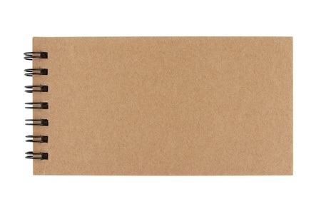 Geïsoleerde recycle papier opmerking boek op witte achtergrond