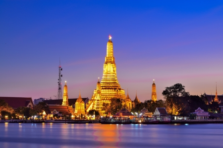 Prang of Wat Arun, Bangkok ,Thailand photo