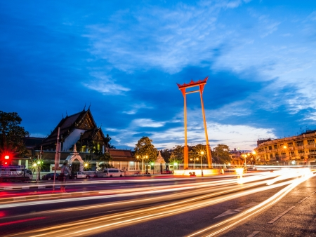 cha: The Giant Swing and Suthat Temple at Twilight Time, Bangkok, Thailand  Stock Photo