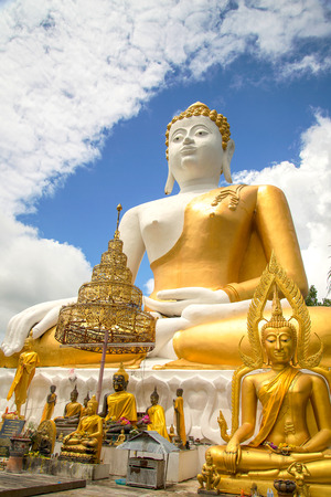 buda: Large sitting Buddha in Chiang Mai Thailand with sky