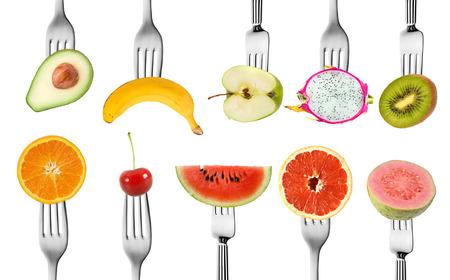l�gumes verts: collection de m�lange de fruits pour l'alimentation avec une fourchette