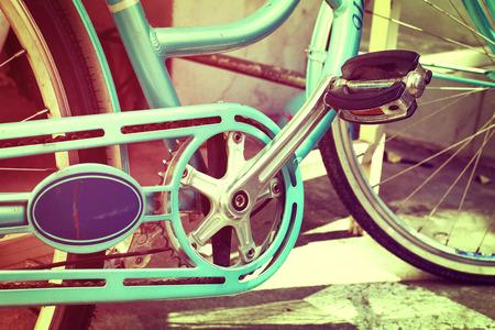 葡萄酒自行车在夏天