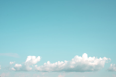 青空: Clear blue sky with cloud, nature background