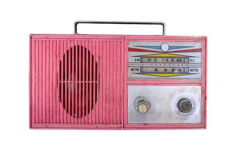 Ricevitore radio retrò isolare su bianco con tracciato di ritaglio per oggetto. tecnologia retrò