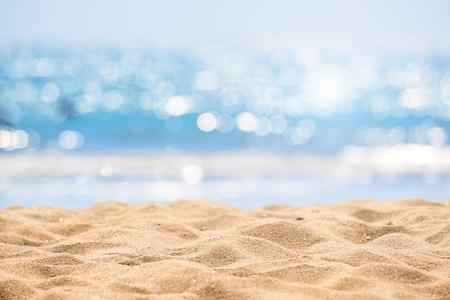 Spiaggia astratta vista sul mare