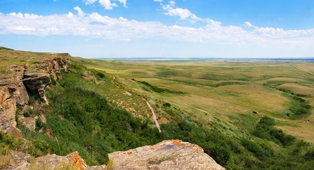 historic site: prairie as seen in the historic site of head-smashed-in buffalo jump in southern alberta, canada.