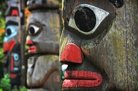 aboriginal: T�tem de los polacos en la Columbia Brit�nica, Canad�