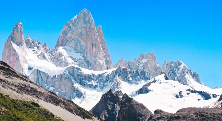 cerro fitzroy: Mt Fitz Roy summit in Los Glaciares National Park, Patagonia, Argentina