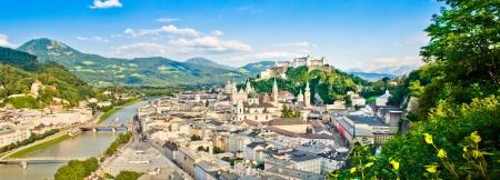 Panoramablick auf die Stadt Salzburg, Österreich Standard-Bild - 16509482