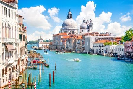 Grand Canal with Basilica di Santa Maria della Salute, Venice, Italy Stockfoto