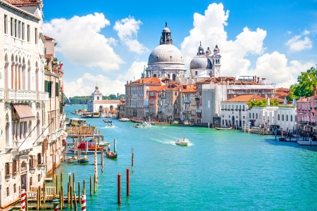 Grand Canal met Basilica di Santa Maria della Salute, Venetië, Italië Stockfoto