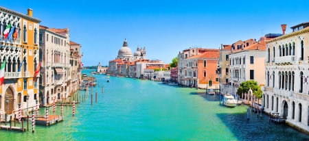 canal house: Panoramic view of Grand Canal in Venice, Italy