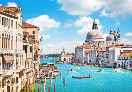cathedrals: Canal Grande and Basilica di Santa Maria della Salute, Venice, Italy Stock Photo