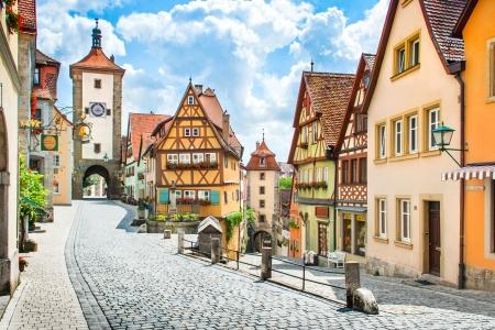 Bella vista del centro storico di Rothenburg ob der Tauber, Franconia, Baviera, Germania Archivio Fotografico - 24618890