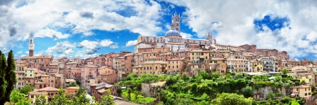 siena italy: Beautiful view of the historic city of Siena, Italy