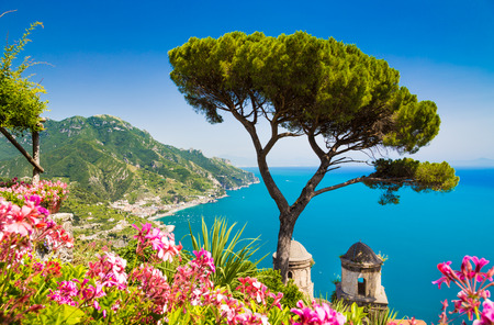 Scenic picture-postcard view of famous Amalfi Coast with Gulf of Salerno from Villa Rufolo gardens in Ravello, Campania, Italy Stockfoto