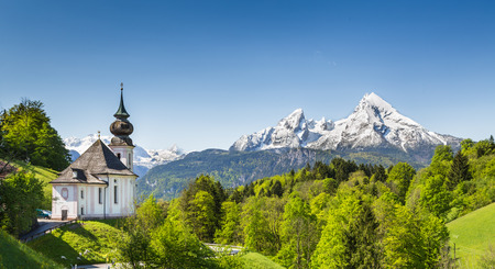 nationalpark: Beautiful mountain landscape in the Bavarian Alps with pilgrimage church of Maria Gern and Watzmann massif in the background, Nationalpark Berchtesgadener Land, Bavaria, Germany