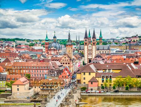 뷔르츠부르크의 역사적인 도시의 공중보기, 프란 코니아, 북부 바바리아, 독일의 지역