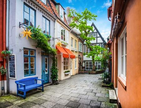 Bunte Häuser in der historischen Schnoorviertel in Bremen, Deutschland