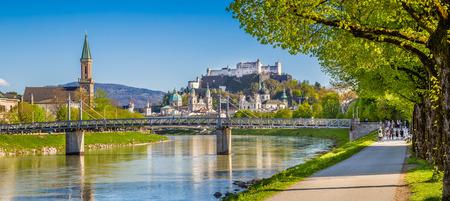 salzach: Beautiful view of Salzburg skyline with Festung Hohensalzburg and Salzach river in summer, Salzburg, Salzburger Land, Austria