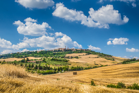 val d'orcia: Beautiful Tuscany landscape with the old town of Pienza on a hill in summertime, Val d Orcia, Italy Stock Photo