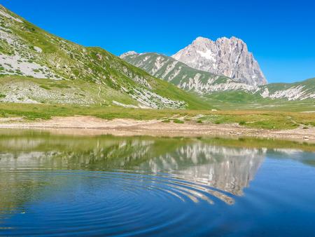 apennines: Beautiful landscape with Gran Sasso dItalia peak at Campo Imperatore plateau in the Apennine Mountains, Abruzzo, Italy Stock Photo