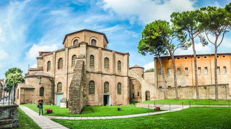 ravenna: famous Basilica di San Vitale, one of the most important examples of early Christian Byzantine art in western Europe, in Ravenna, region of Emilia-Romagna, Italy Stock Photo