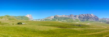 abruzzo: Beautiful panoramic landscape with Gran Sasso dItalia peak at Campo Imperatore plateau in the Apennine Mountains, Abruzzo, Italy Stock Photo