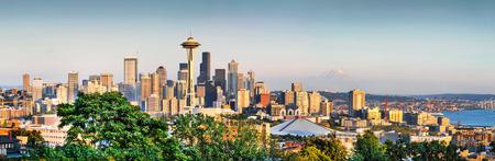 seahawks: Seattle Panorama del horizonte al atardecer visto desde Kerry Park, Seattle, WA