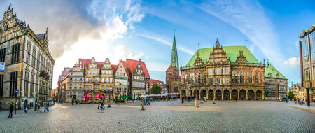 ger: Ancient Bremen Market Square in the centre of the Hanseatic City of Bremen with view on The Schuetting former guild house, famous Raths-Buildings, Church of Our Lady Unser Lieben Frauen Kirche, town hall and Haus der Buergerschaft parliament building, Ger