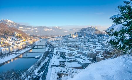 amadeus: Beautiful panoramic view of Salzburg skyline with Festung Hohensalzburg and river Salzach in winter, Salzburger Land, Austria Stock Photo