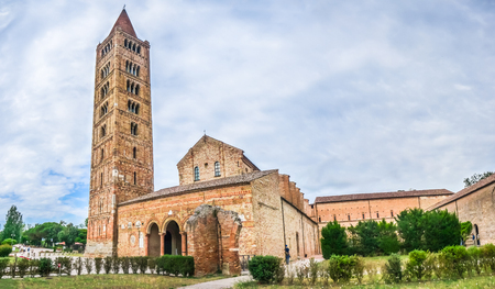 abbazia: Panoramic view of historic Abbey of Pomposa, the world famous Benedictine monastery, Codigoro, Emilia-Romagna, Italy