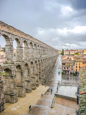 segovia: Famous ancient Roman aqueduct on Plaza del Azoguejo square in Segovia, Castilla y Leon, Spain