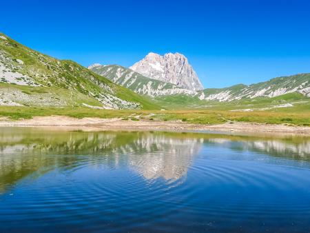 abruzzo: Beautiful landscape with Gran Sasso dItalia peak at Campo Imperatore plateau in the Apennine Mountains, Abruzzo, Italy Stock Photo
